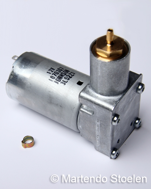 Compressor 12 Volt, incl. slangklem