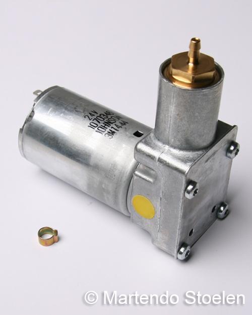 Compressor 24 Volt, incl. slangklem