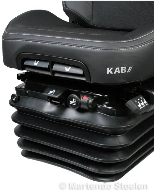 KAB luchtgeveerde tractorstoel SCIOX PREMIUM 86/K6 - DEUTZ